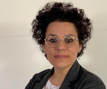 Avv. Valentina Riccobono - Affari legali e responsabile comunicazione pubblicitaria