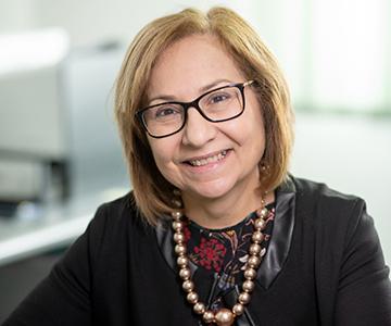 Francesca Latona - responsabile amministrazione e qualità